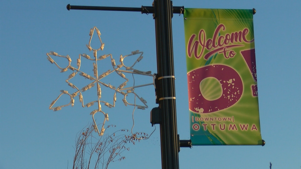 Small Business Saturday puts Small Businesses first, with special deals for Main Street Ottumwa...