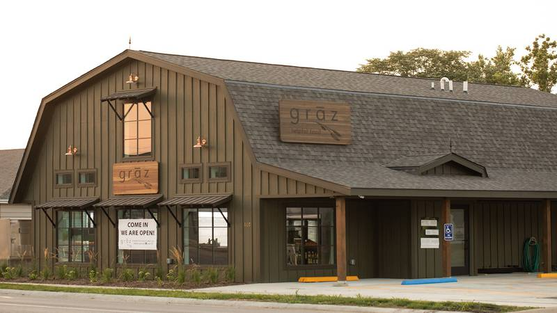 grāz a local coffee shop, café and grocery store is closing on October 15 in Pella, Iowa