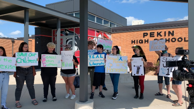 PARENTS AND STUDENTS HOLD PEACEFUL A PROTEST IN FRONT OF PEKIN HIGH SCHOOL