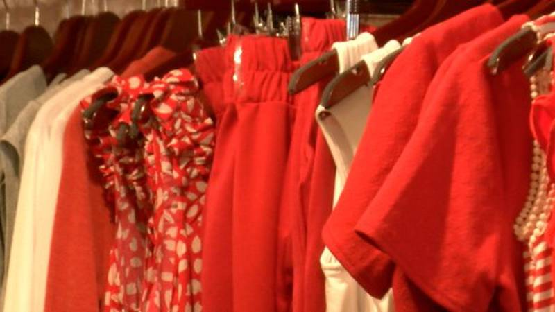 Betsey's Boutique in Oskaloosa, IA celebrates one year anniversary.