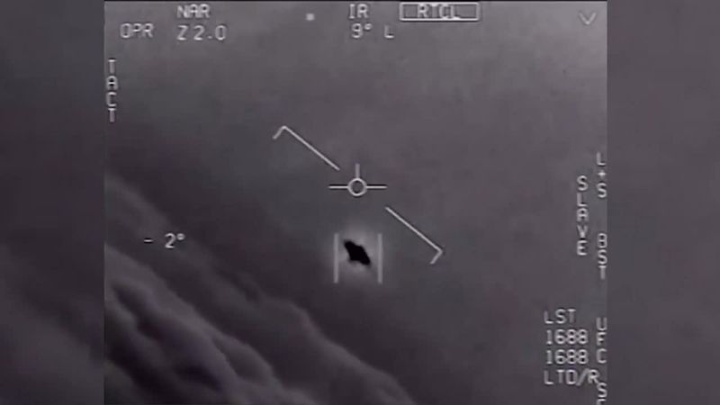 Several former Navy pilots describe their encounters with UFOs.