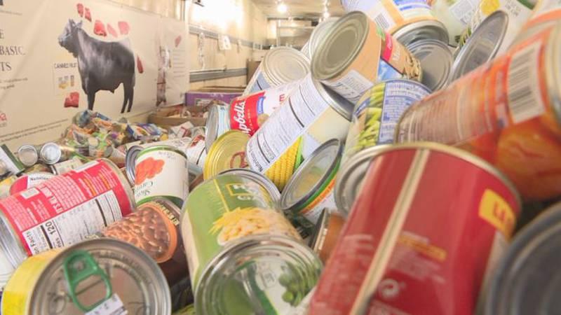 Heartland United Way host annual food drive.