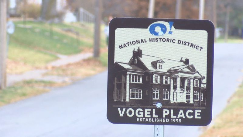 New signage commemorates Vogel Place Historic District in Ottumwa