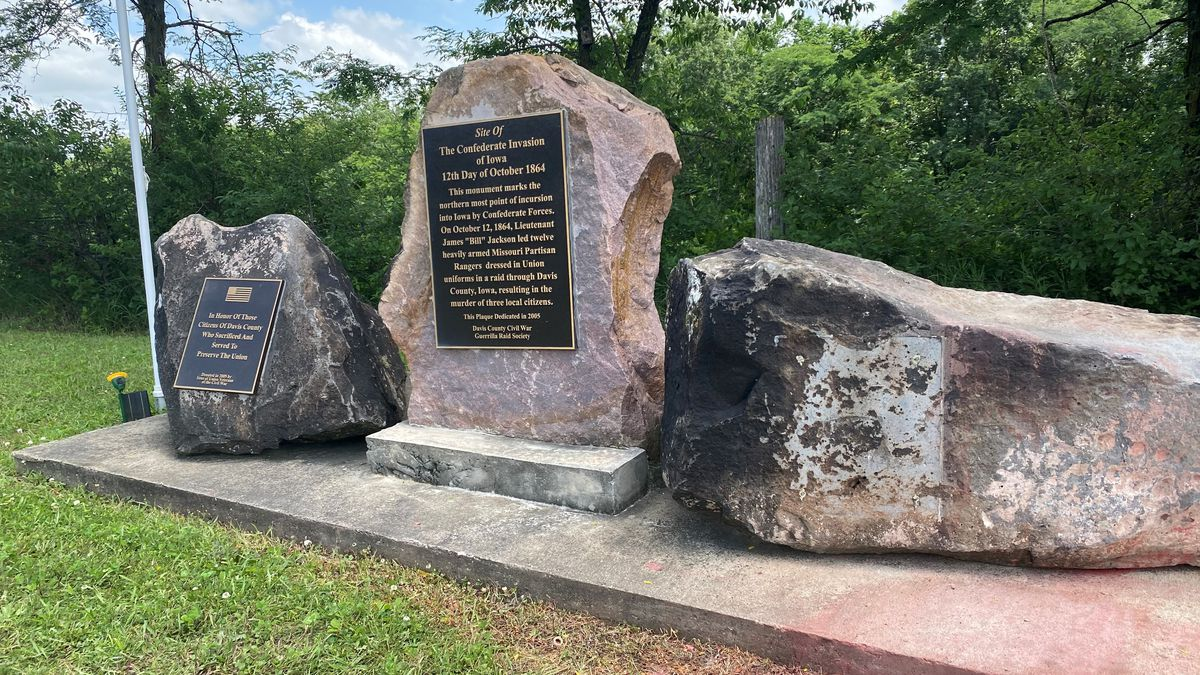 A monument honoring Confederate soldiers in Davis County has been vandalized, the Sheriff is looking for the vandals.