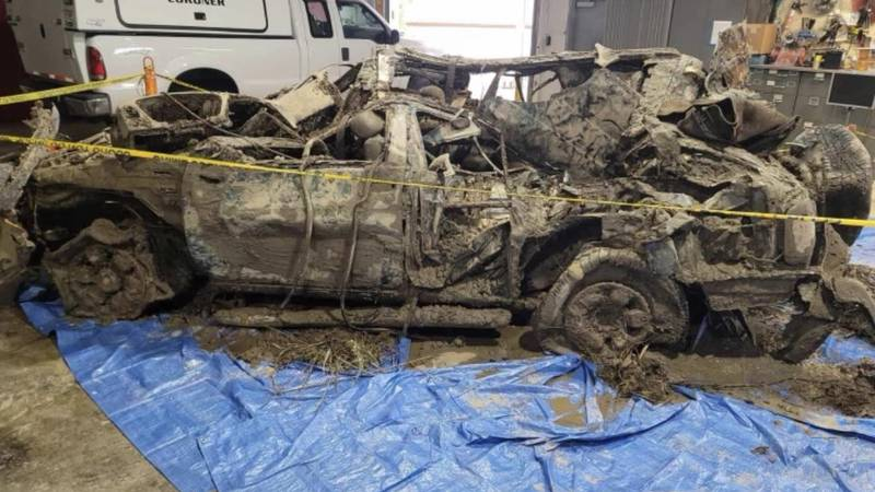 The SUV removed from the Ohio River on Thursday that police say is connected to a 2002 missing...
